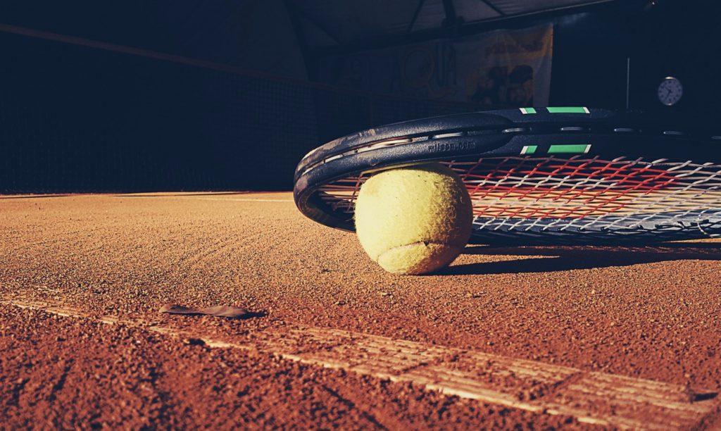 Bagaimana STS, Fortuna, Betclic, Betfan menyelesaikan pensiun di tenis?